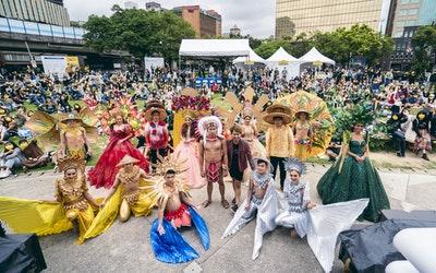 圖說一:混(Mix)音樂節以東南亞文化時尚走秀驚喜開場,與台下多元族群背景的參加